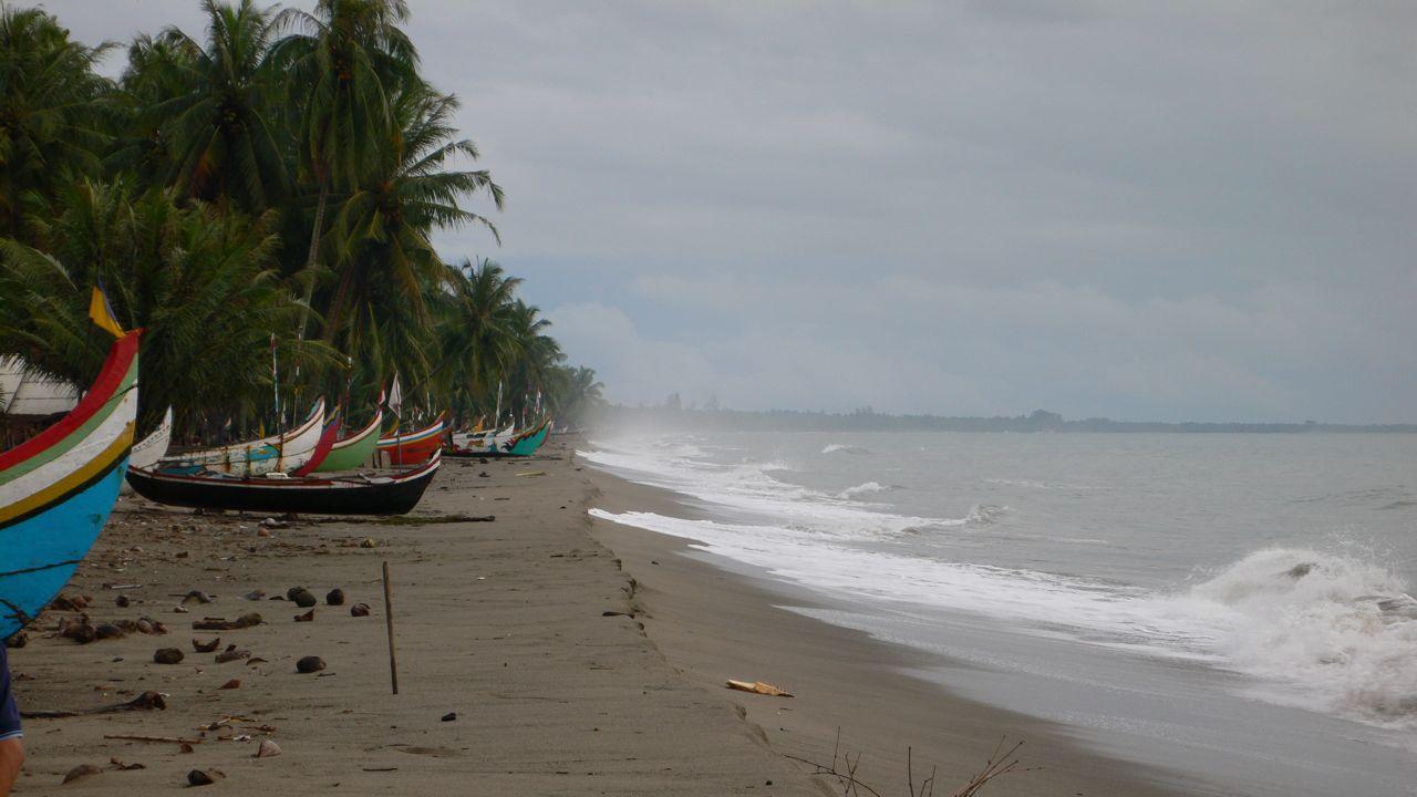 BC Indo Pesesir selatan boats.jpg