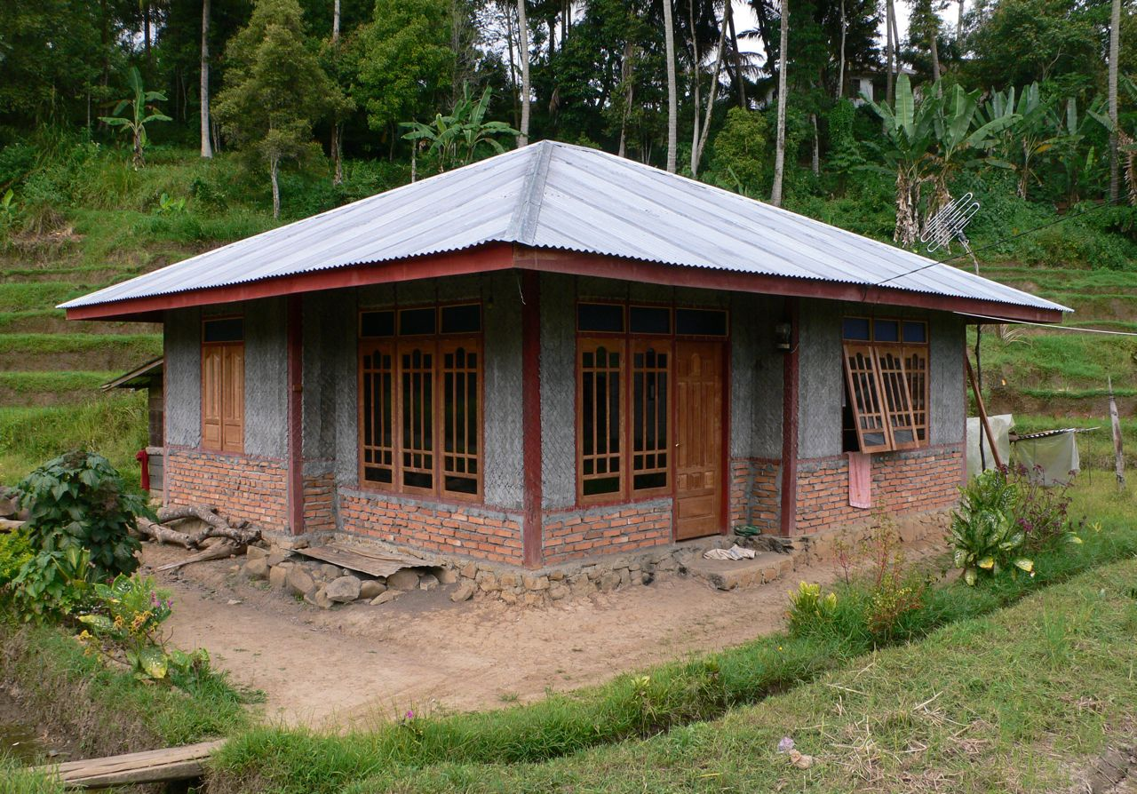 BC Nice EQ resistant house in Gunung Rajo.jpg
