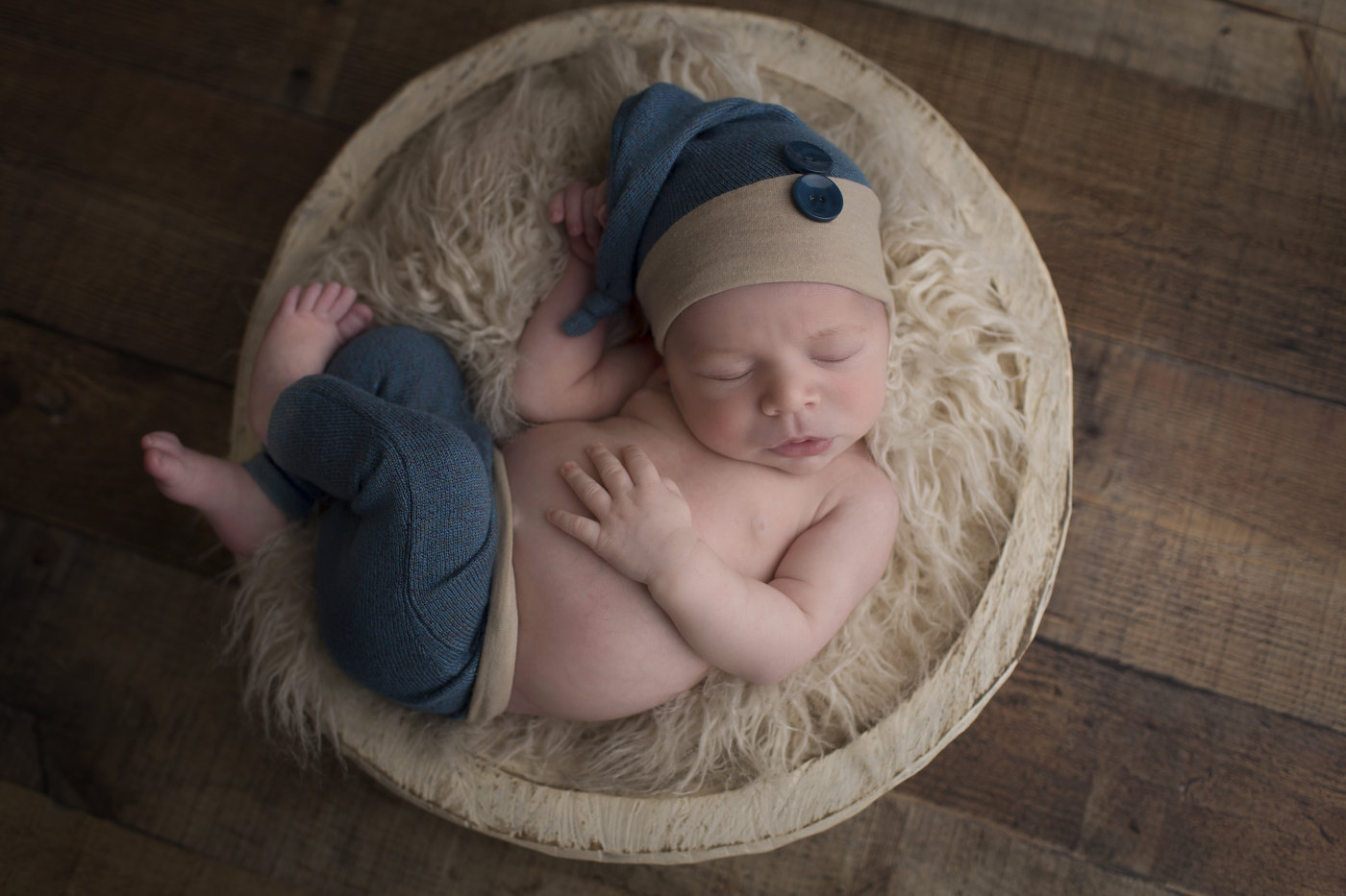 Lynchburg Newborn Photographer00001.jpg