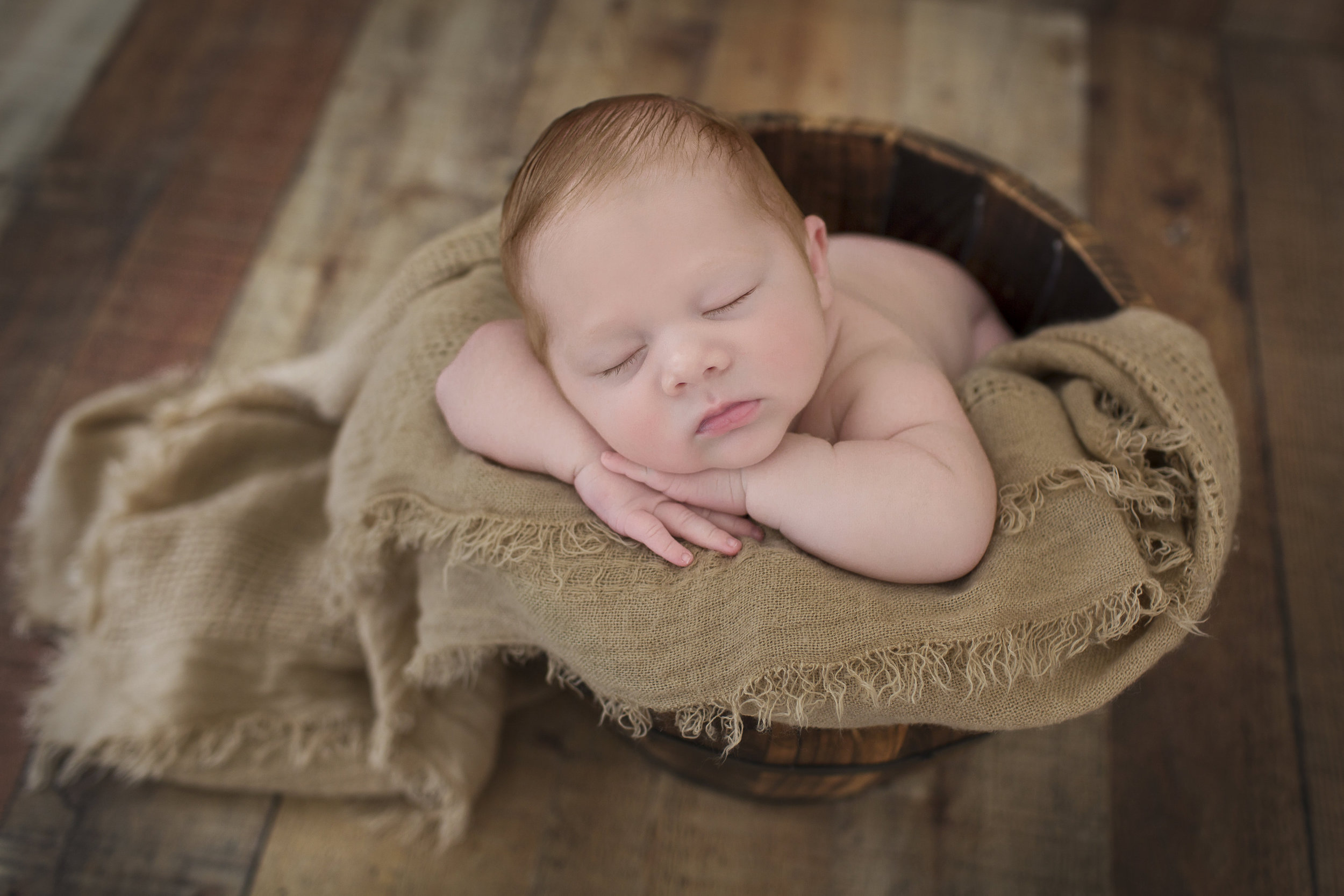 Lynchburg Newborn Photographer00015.jpg