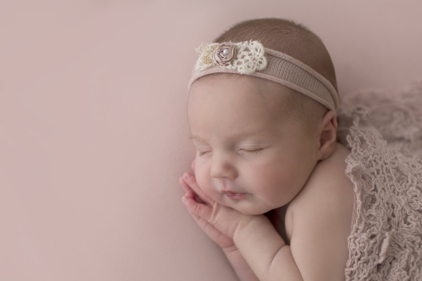 Lynchburg Newborn Photographer00034.jpg
