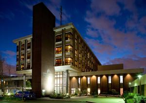 Sacramento-Medical-Center-Sacramento-300x212.png