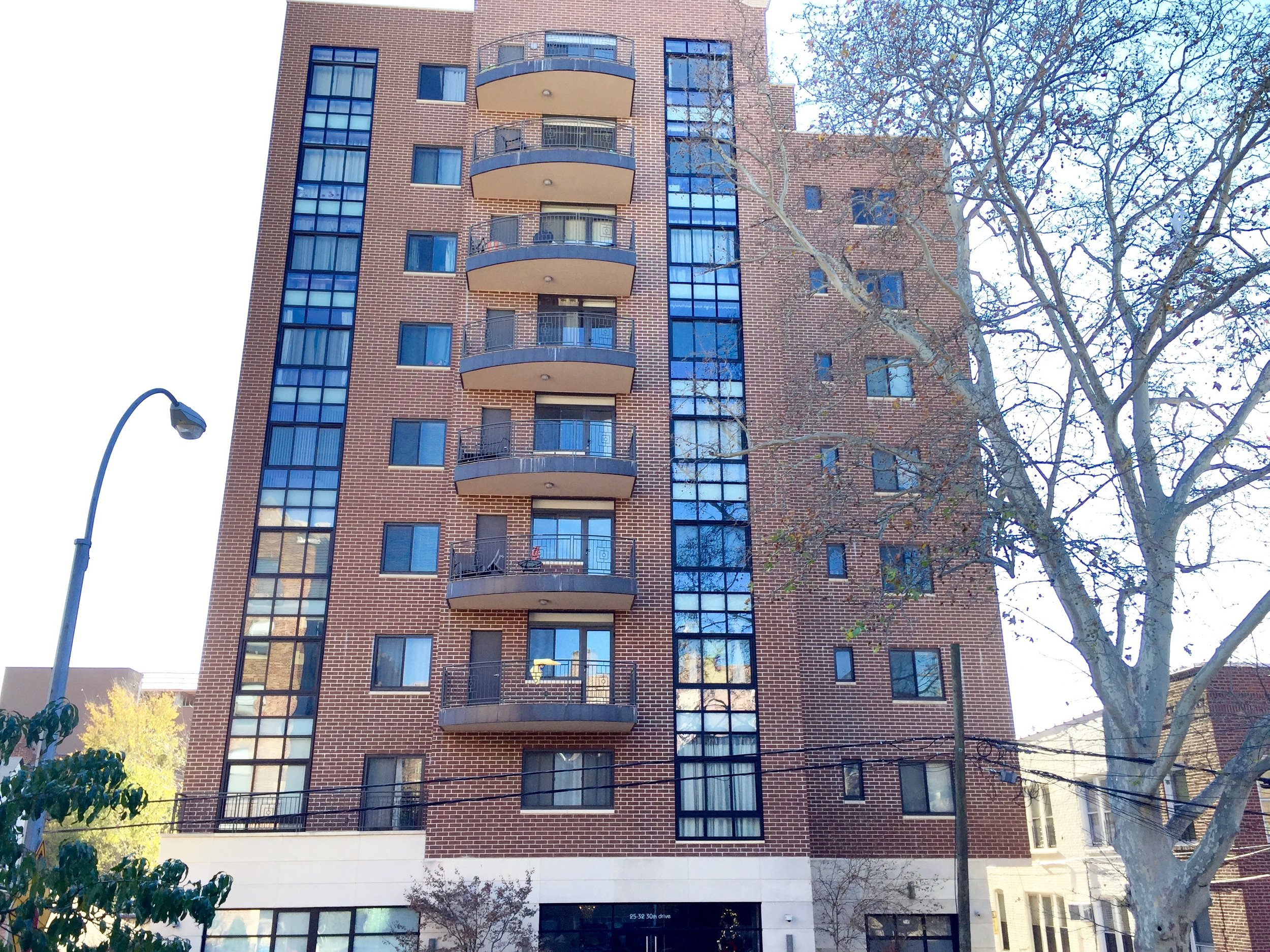 25-32 30th Drive - Astoria, NYThis building has nine stories and forty units. It comes equipped with a gym, laundry room, roof deck, and many more enticing amenities.Learn More