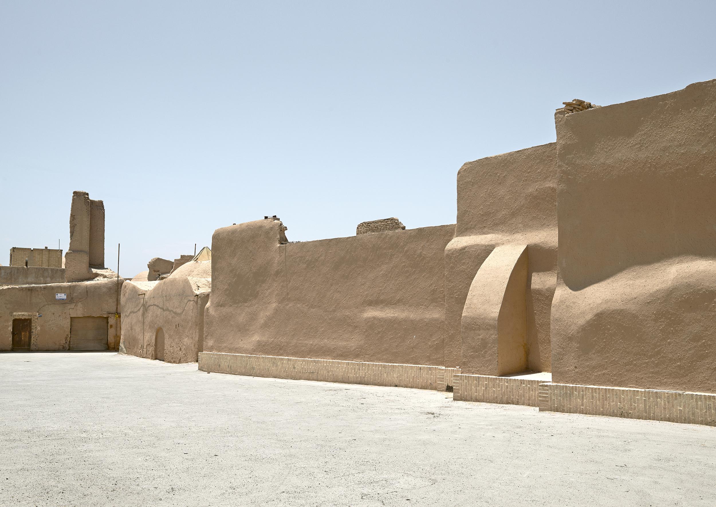Wall, Yazd, 2015