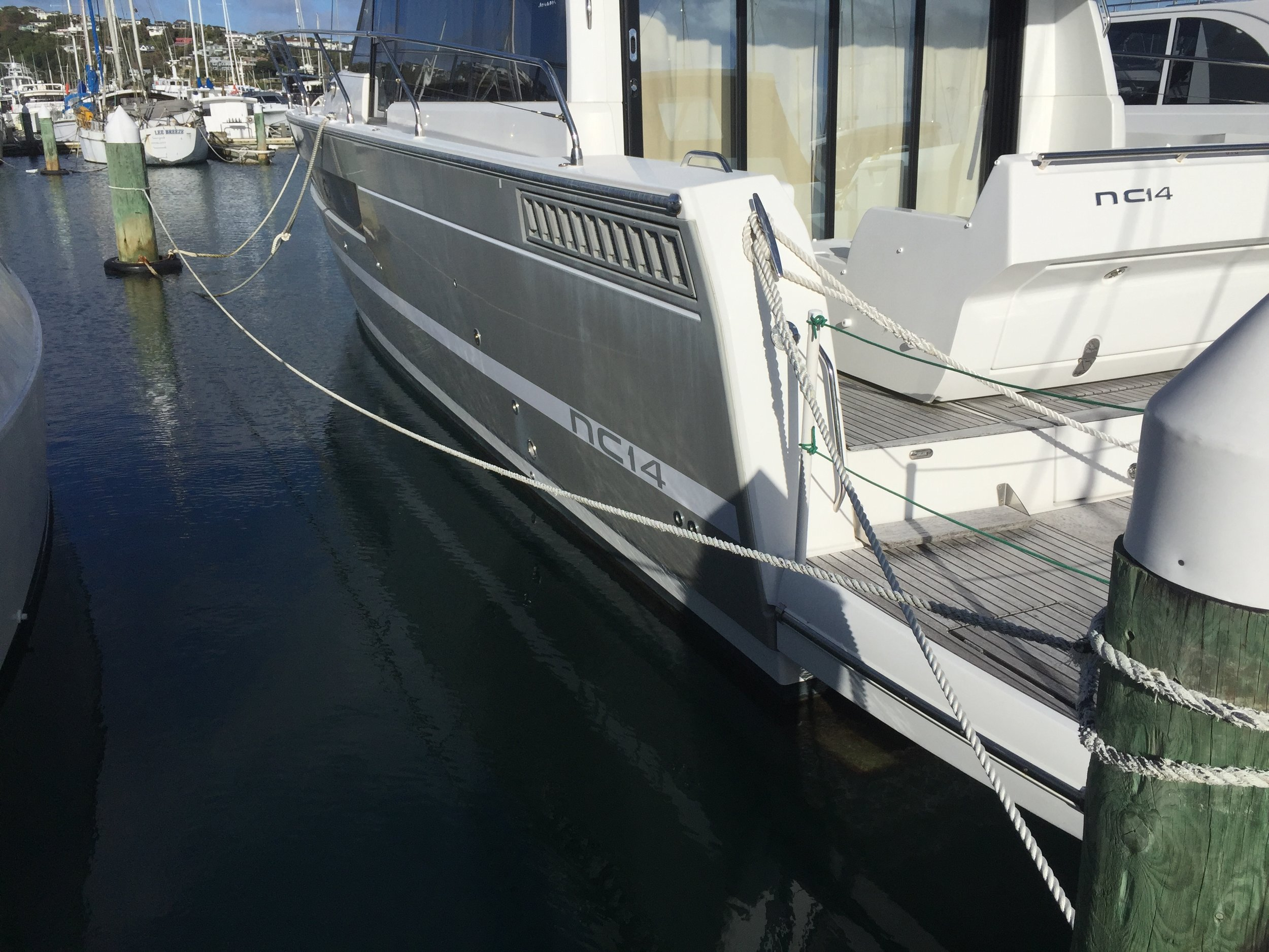 Stern + Bow lines with additional Pickup line
