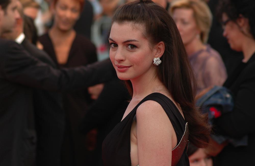 Anne Hathaway zero waste.jpg