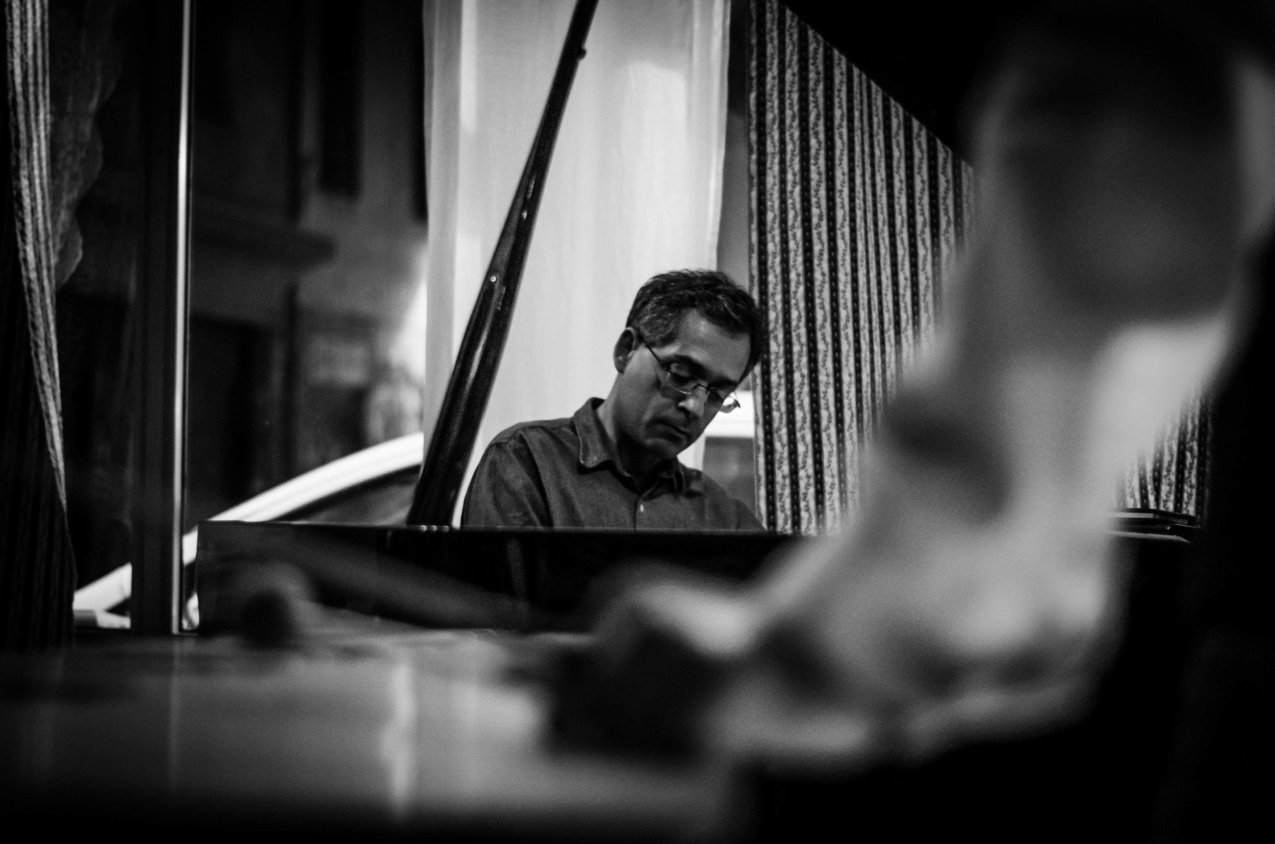 GLAFKOS KONTEMENIOTIS - Pianist