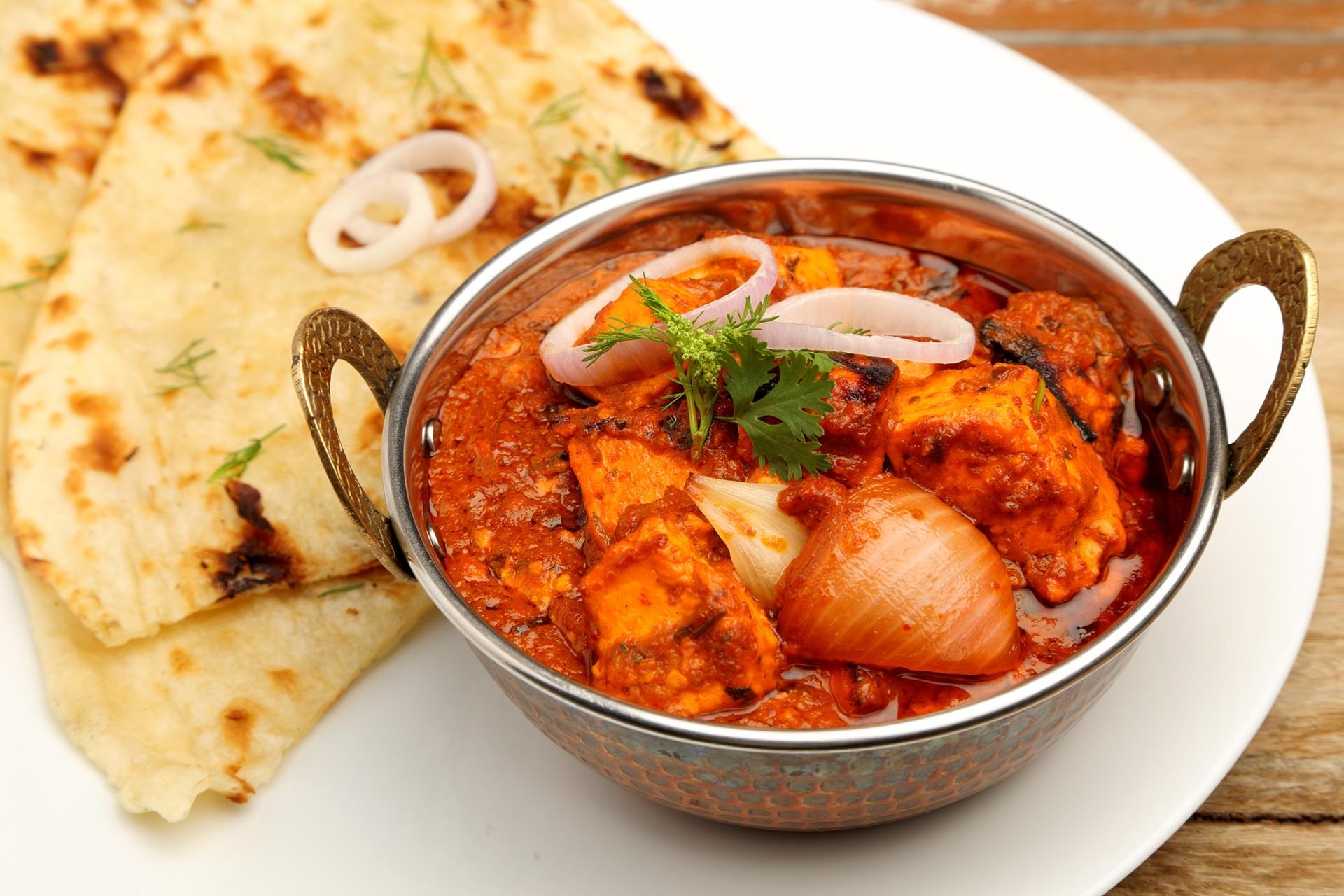Indian-Food_637892293_1920x1280.jpg
