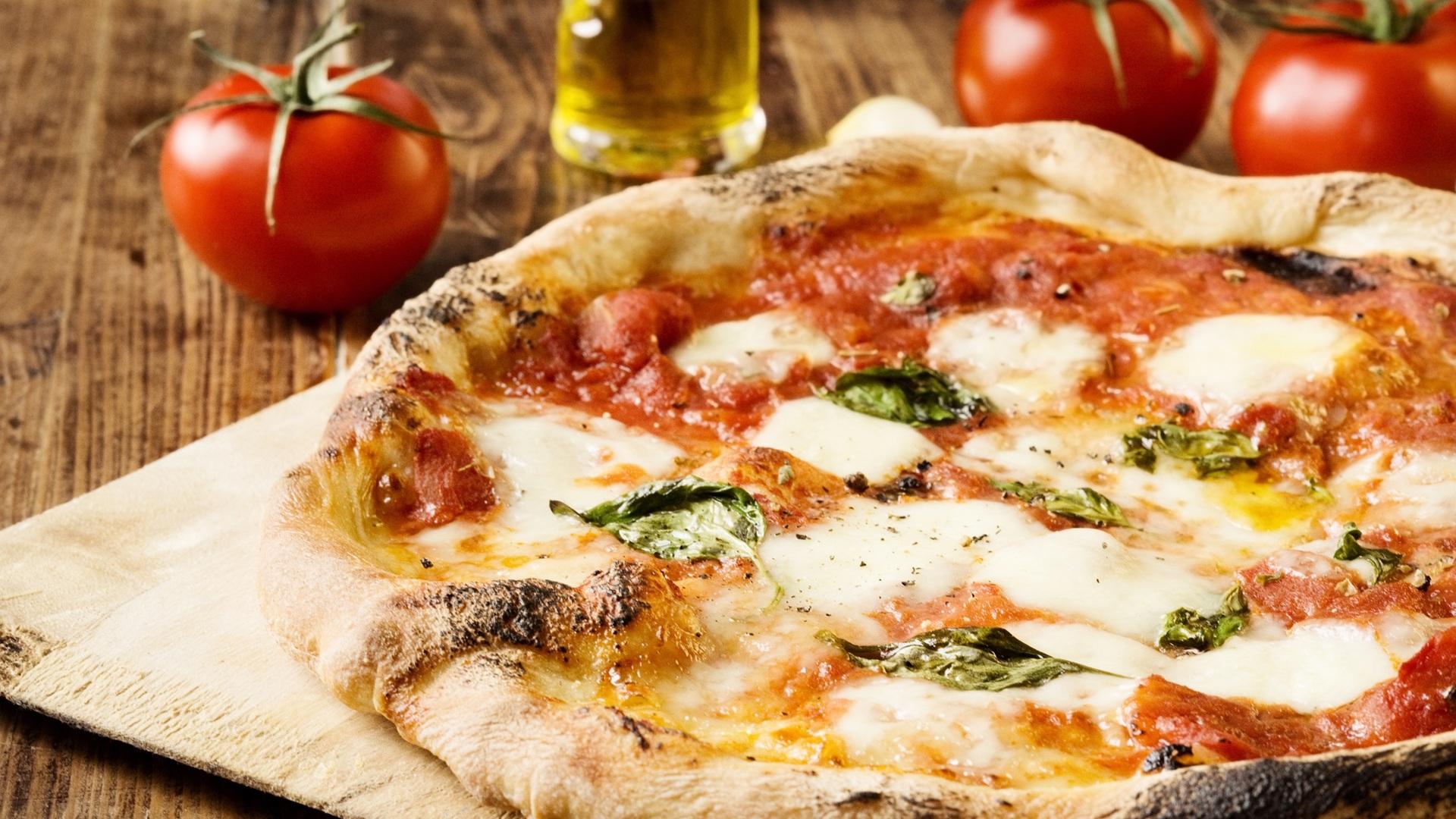 Pizza_Image_1920x1280px.jpg