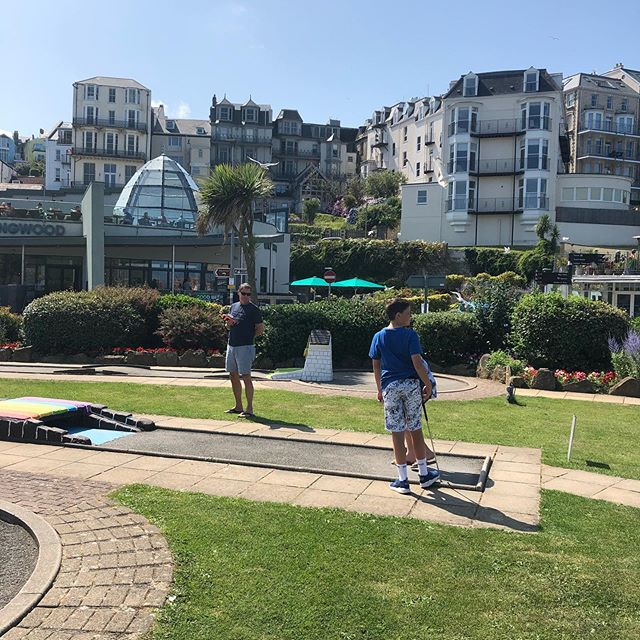 Walked out of the back garden of The Habit for a game of Crazy Golf! #crazygolf #northdevon #ilfracombe