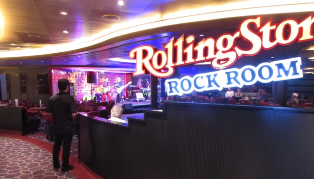 Rolling Stone Rock Room. Loud, but Fun.