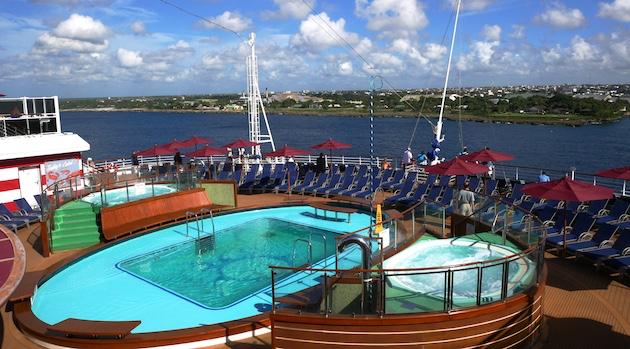 tides pool carnival vista | Carnival Vista | CruiseReport
