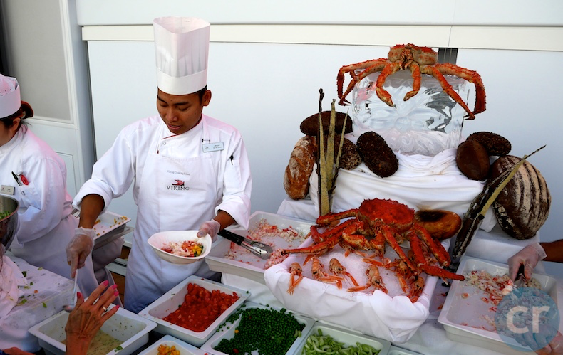 Yes, those are actual King Crab on display