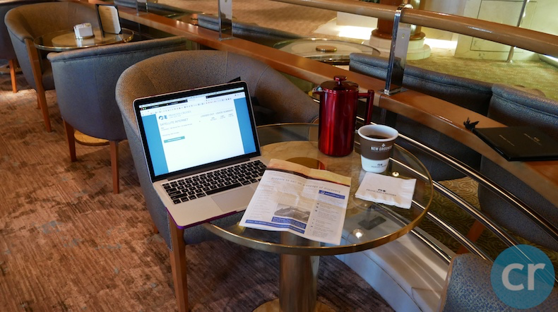 My blogging station at La Patisserie