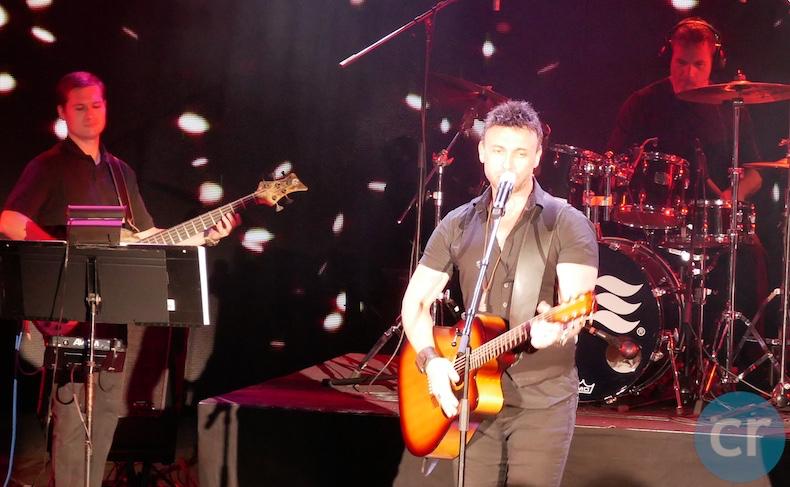 Nick Foley performs on Island Princess   CruiseReport