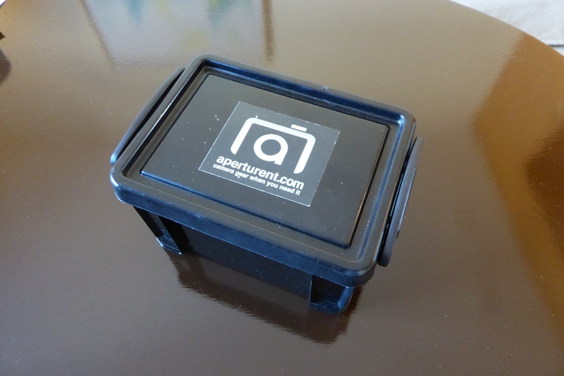 Strong plastic case for carrying the lens