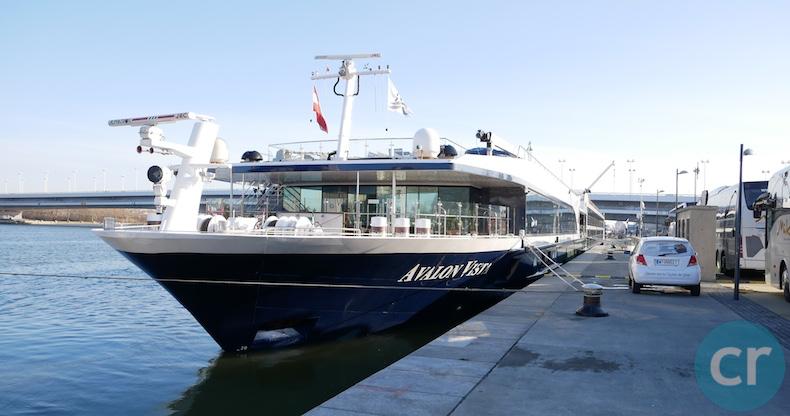 Avalon Vista docked in Vienna