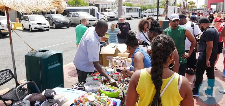 San Juan sidewalk vendors