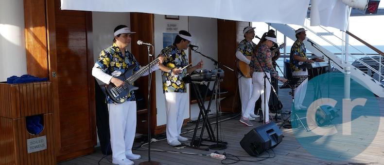 Santa Rosa entertains at Captain's Farewell
