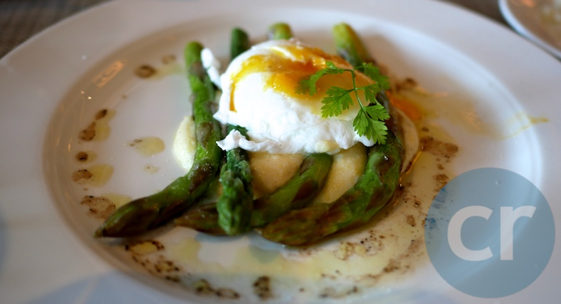 Asparagus with Polenta and poached egg