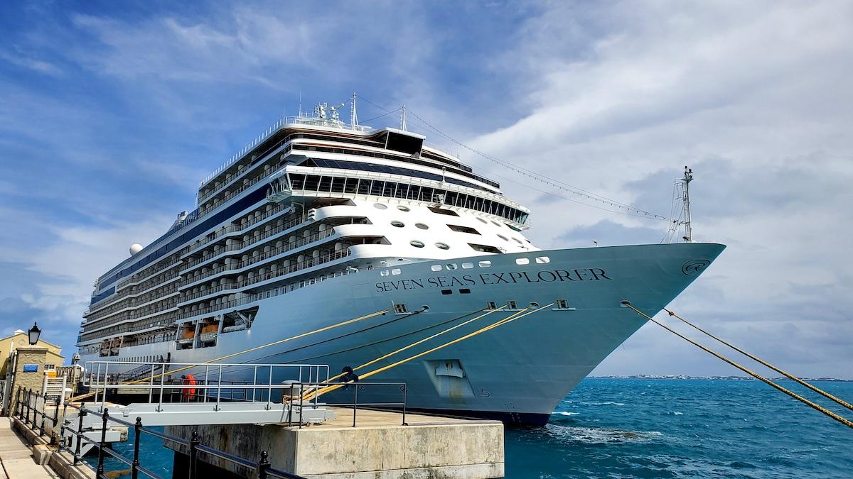 Regent Seven Seas Explorer docked in Ponta Delgada | CruiseReport