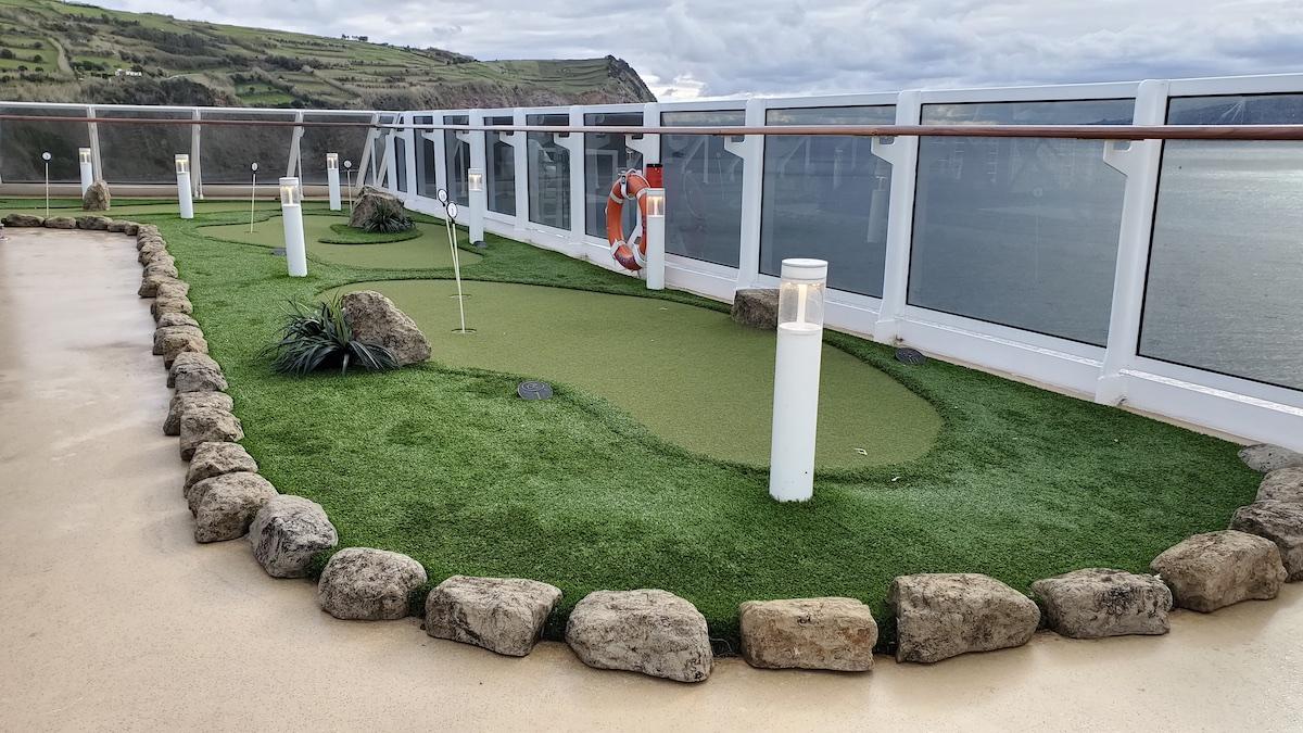 Mini Golf course | Seven Seas Explorer | CruiseReport