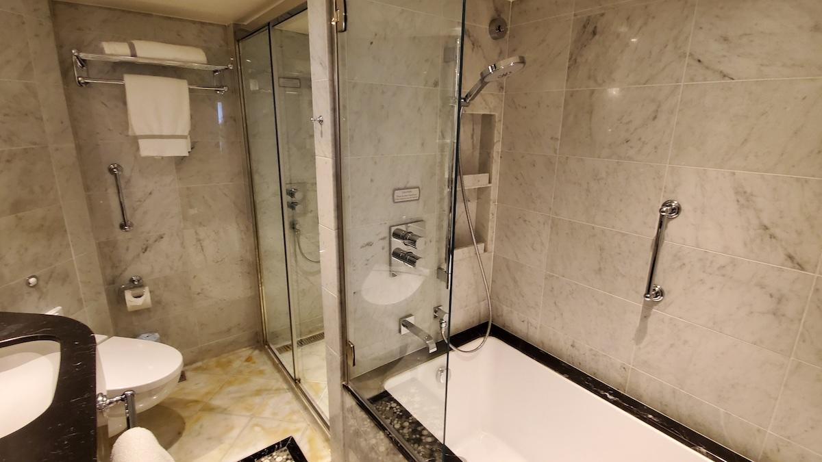 Two showers in bathroom | Seven Seas Explorer | CruiseReport