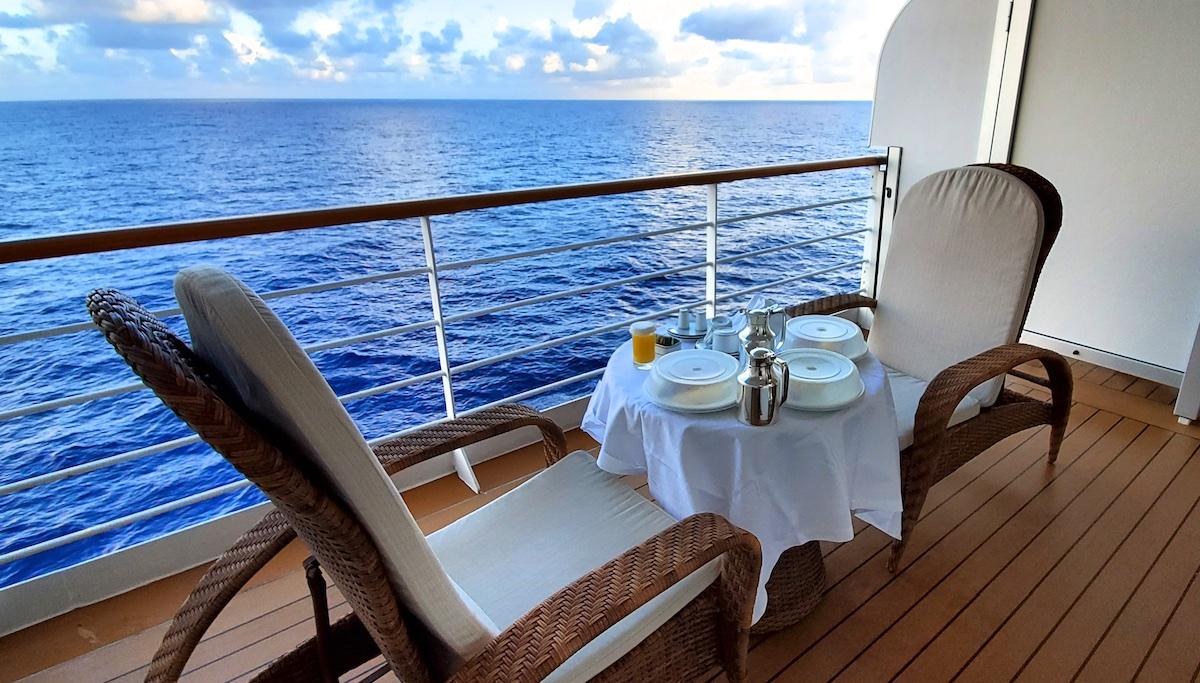 Room service breakfast served al fresco | Seven Seas Explorer | CruiseReport