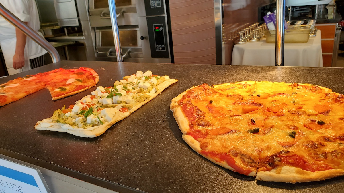 Pizza at Pool Grill