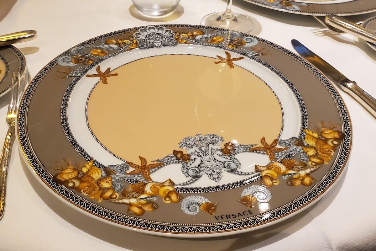 Compass Rose Charger Plates | Seven Seas Explorer | CruiseReport