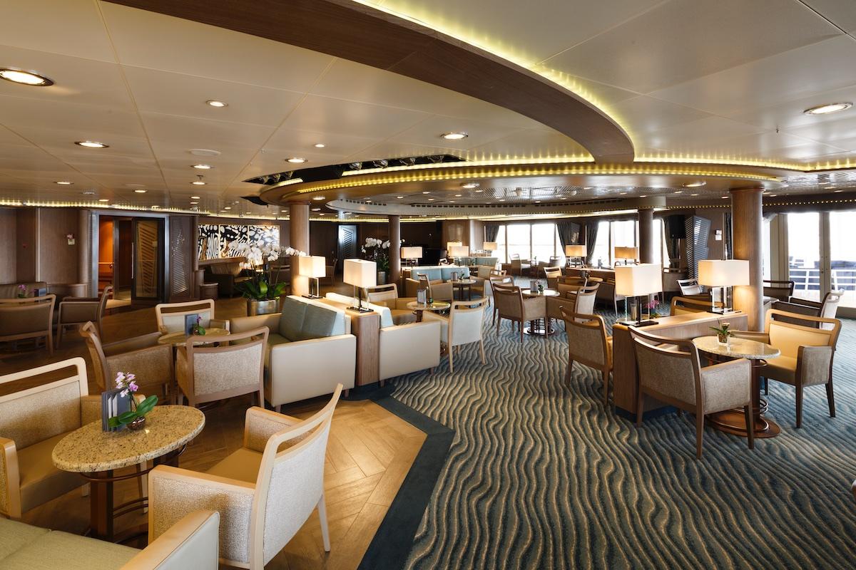 Panorama Lounge | Silver Spirit | CruiseReport
