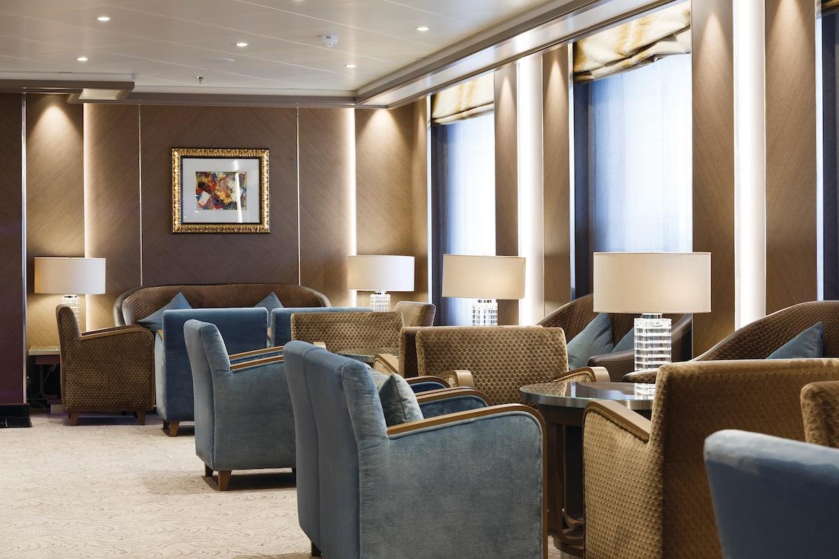 Dolce Vita Lounge | Silver Spirit | CruiseReport