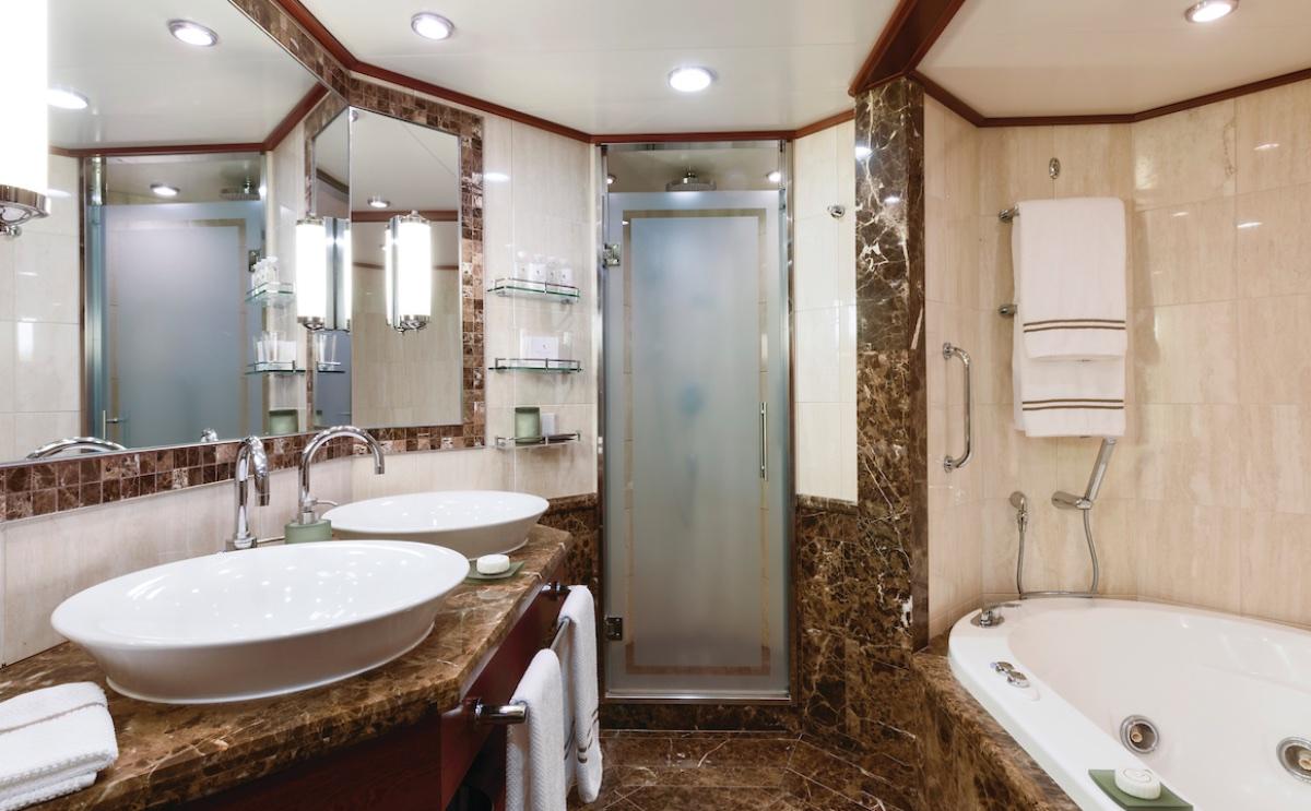 Amazing Silver Suite Bathroom | Silver Spirit | CruiseReport