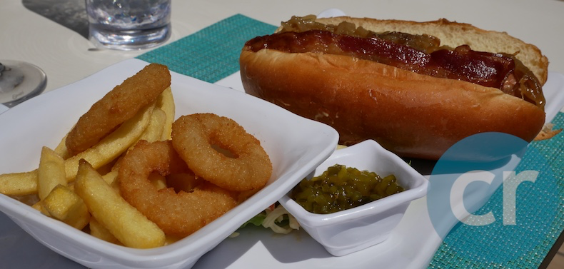 Silversea hot dog served for lunch at Pool Grill | Silversea Silver Muse | CruiseReport