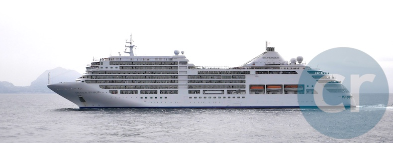 Sister ship, Silver Spirit, sails right past Silver Muse
