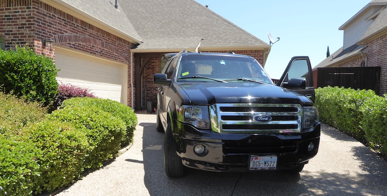Amin's Ford Expedition provided a roomy and comfortable ride to DFW