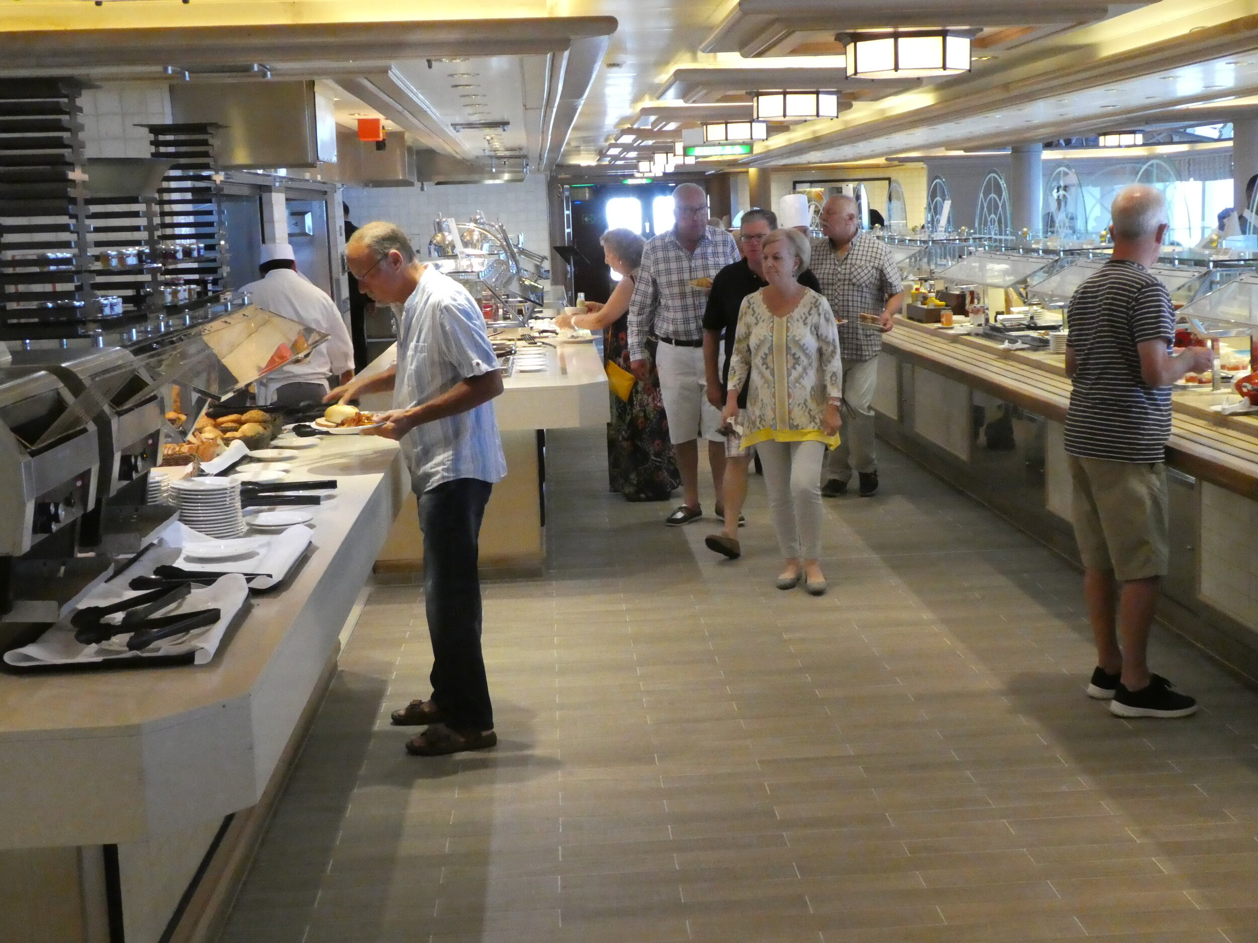 Lido Buffet. Large and usually uncrowded