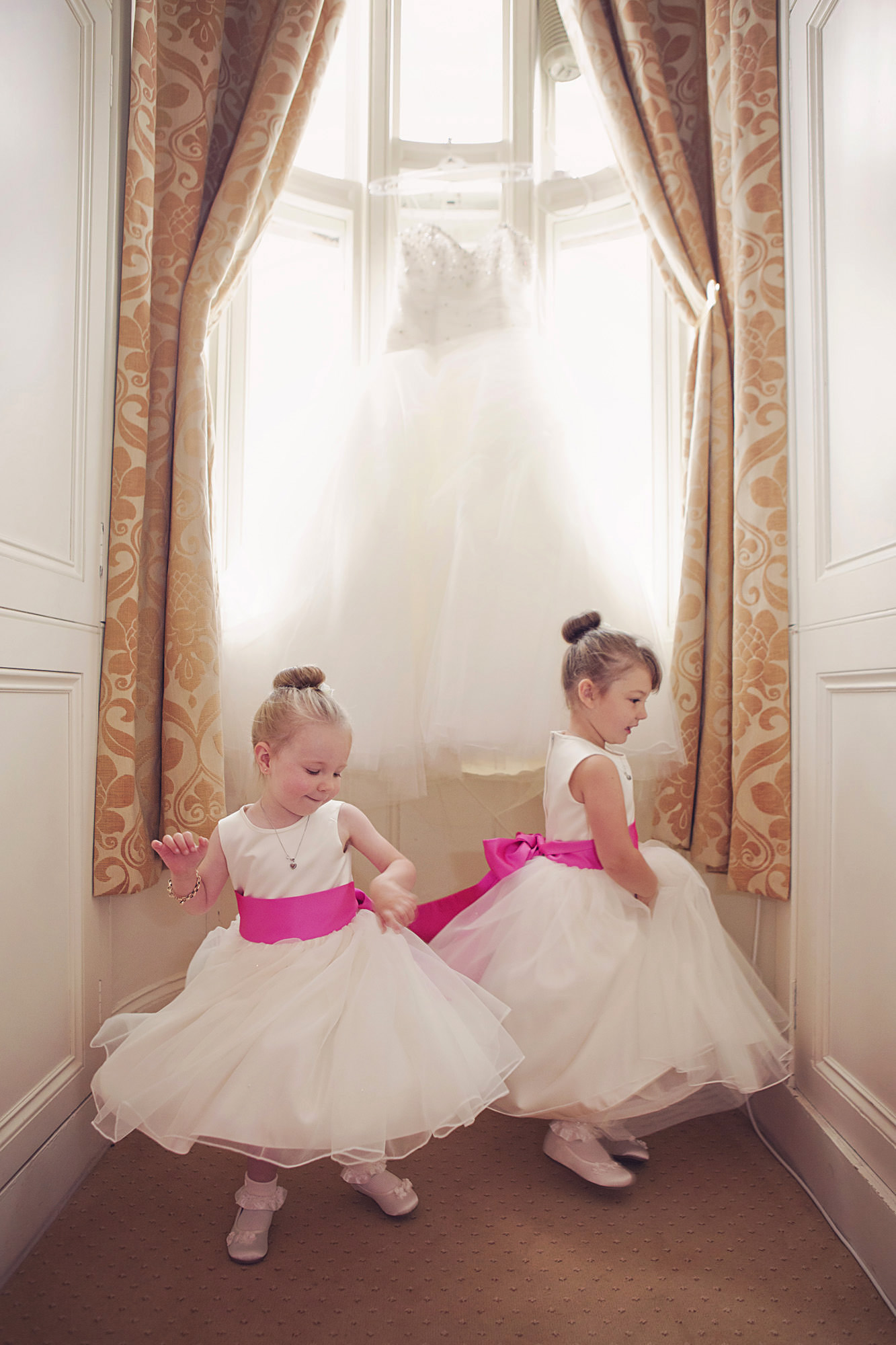 wedding at stoke rochford hall (6).jpg