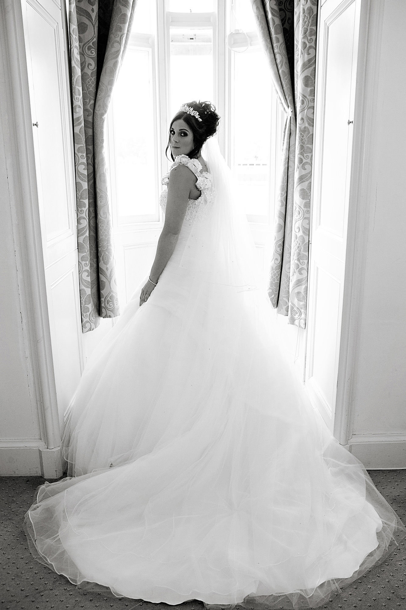 wedding at stoke rochford hall (8).jpg