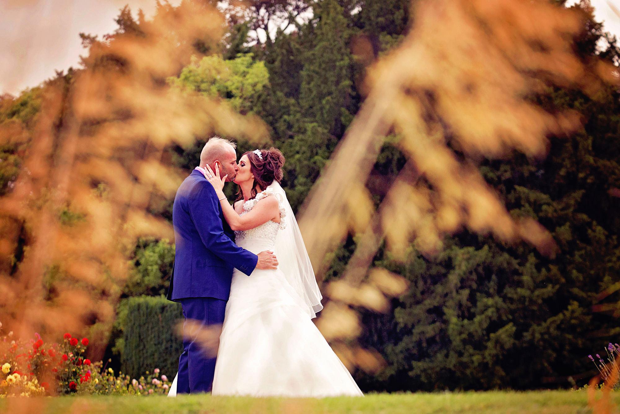 wedding at stoke rochford hall (14).jpg