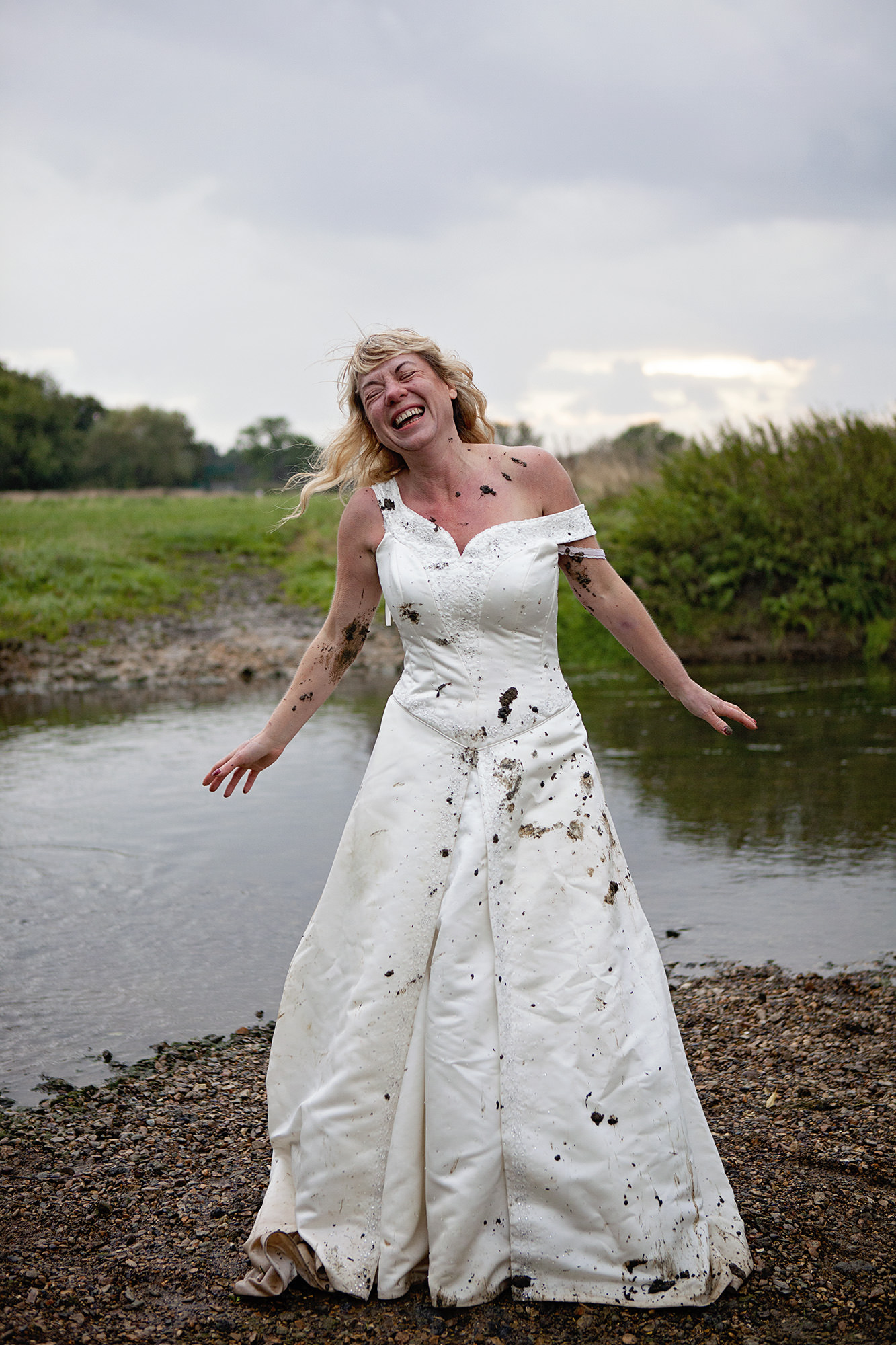 Trash the dress wedding photos Cambridgeshire 4.jpg