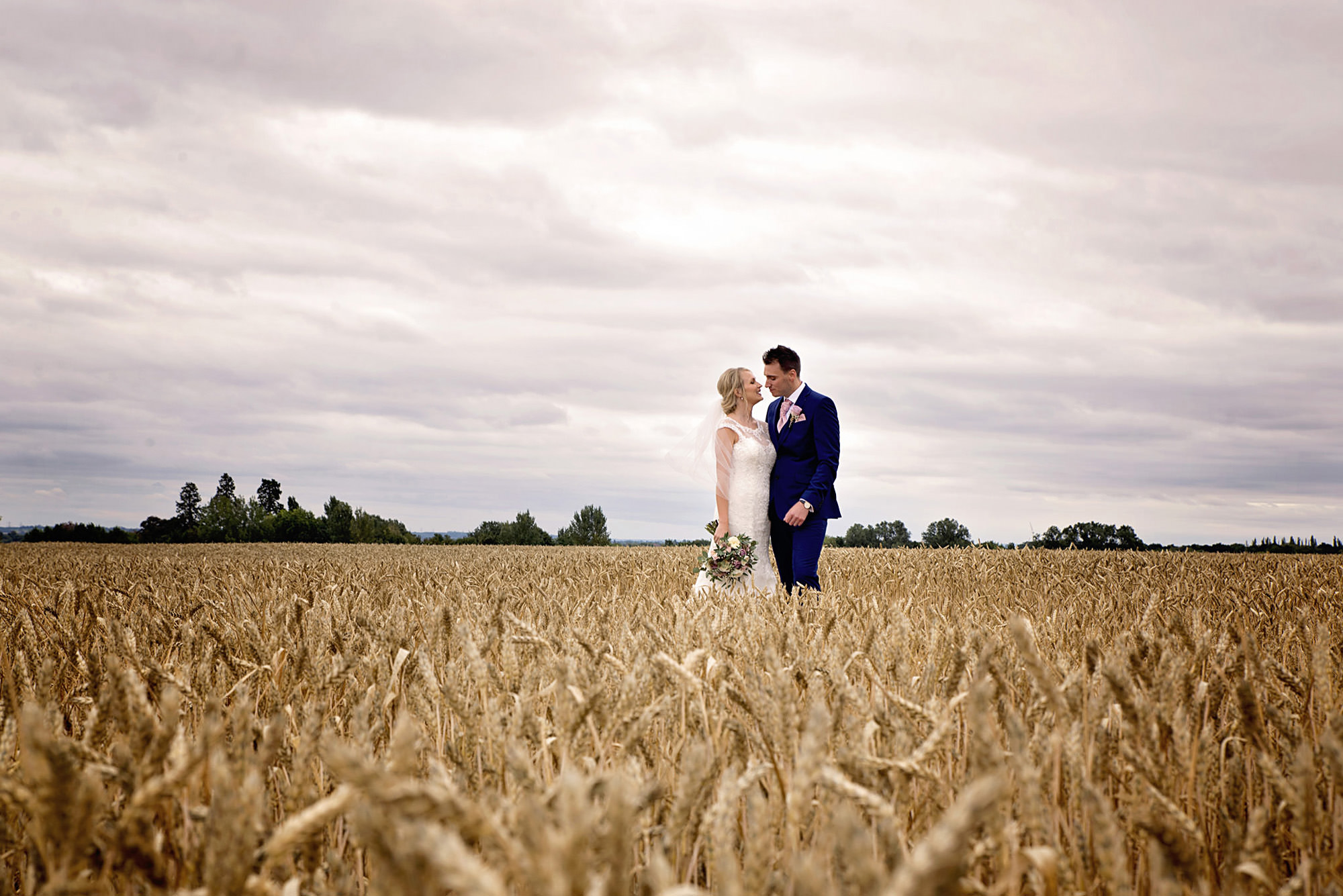 Bassmead-manor-barns-wedding-photos (38).jpg