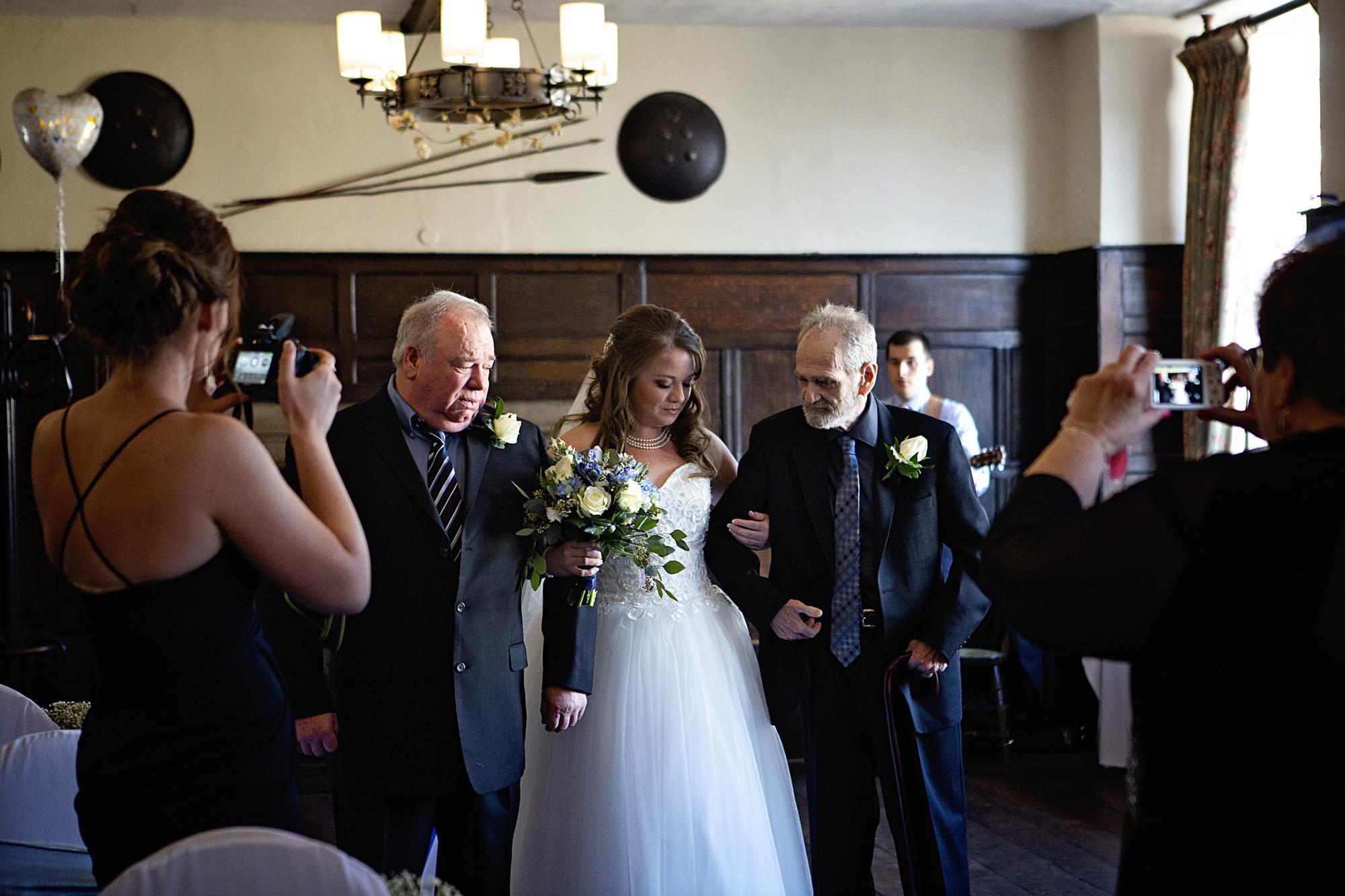 wedding-photos-talbot-hotel-oundle (10).jpg