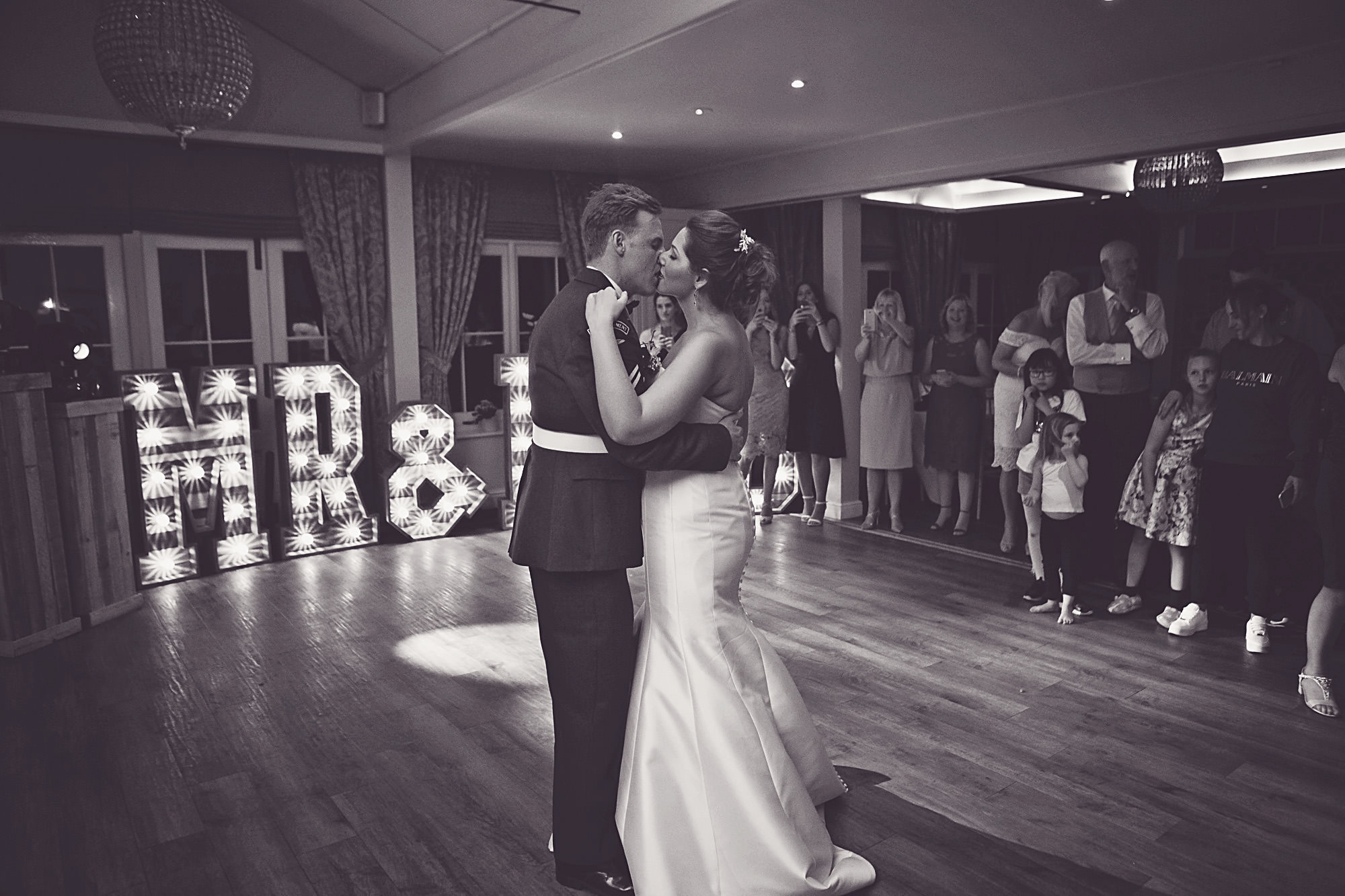 heacham-manor-wedding-photos (48).jpg