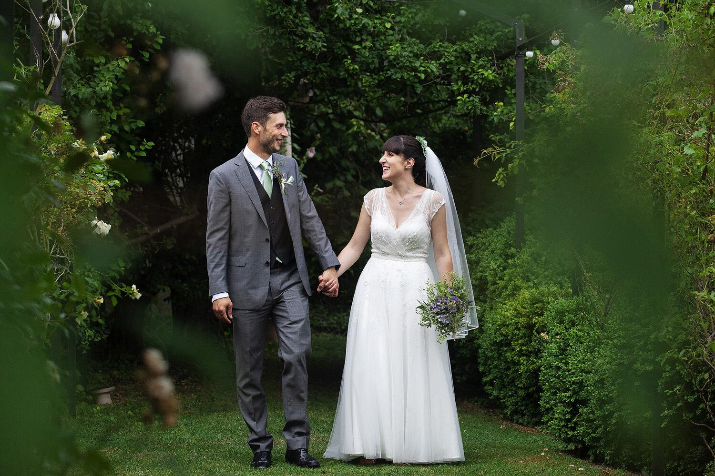 Burwash Manor wedding photos (22).jpg