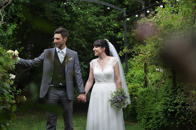 Burwash Manor wedding photos (23).jpg