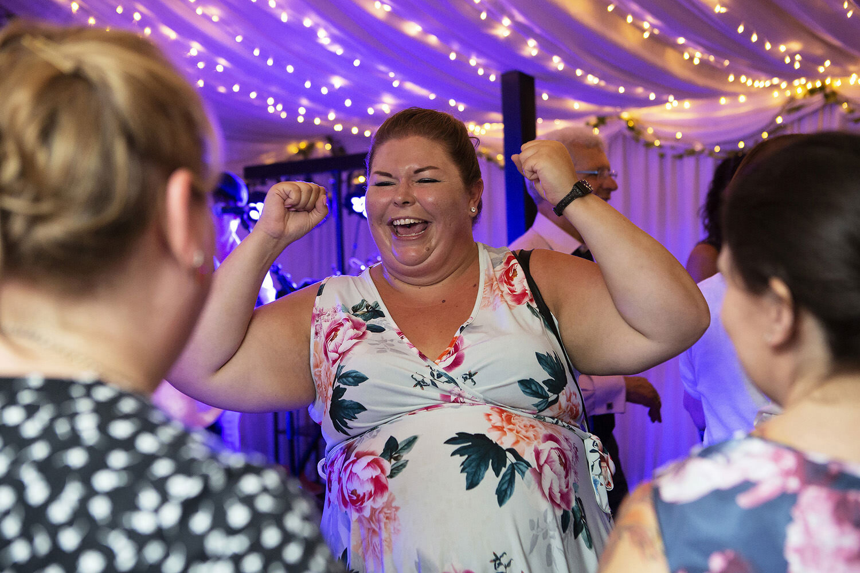 Burwash Manor wedding photos (75).jpg