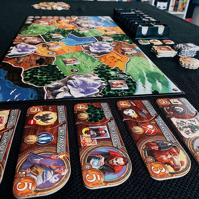 On the tabletop, Small World🌎🌟! A fantastic game which has some of the best fantasy mashups you could ever hope for! Berserk Amazons being a fav. Keen to try Sky Islands expansion!  . . . . .   #smallworld #daysofwonder #greatgame #boardgames #tabletopgamer #boardgamephotos #boardgamers #gamesnight #fungames #boardgamegroup #boardgamesofinstagram #boardgaming #boardgameaddict #tabletopgame #tabletopgames #expansion
