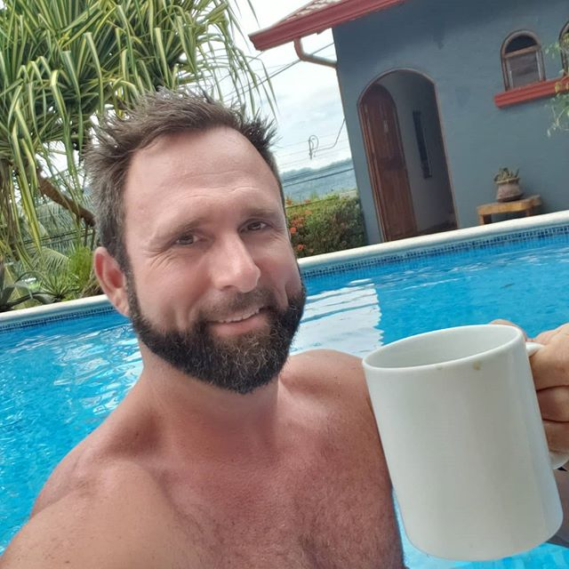 Coffee in the salt water pool after surf sesh! @edenretreatcenter  Message me for details #costarica #hotel #retreat #surf #massage #luzalifestyle #explore #travel #tours