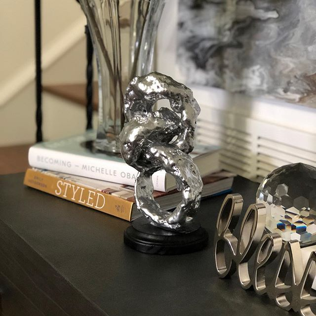 Happy Friday! Looking for another home decor idea? Check out how I made this sculpture. Click on the link in my bio to view the featured video. . . . . . . . . . . . . . . . . . . . . #homeaccessories  #diyhomedecor #diydecorideas #diytutorial #diyproject #diyhomeprojects #diyhomedecor #house #home #decor #interior  #lifestyle #homedecor #goals #creative #interiorstyling #decorating #decorationideas